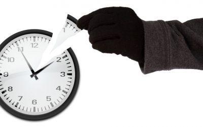 Ladrones de tiempo. Descubre la conciliación bancaria automática.